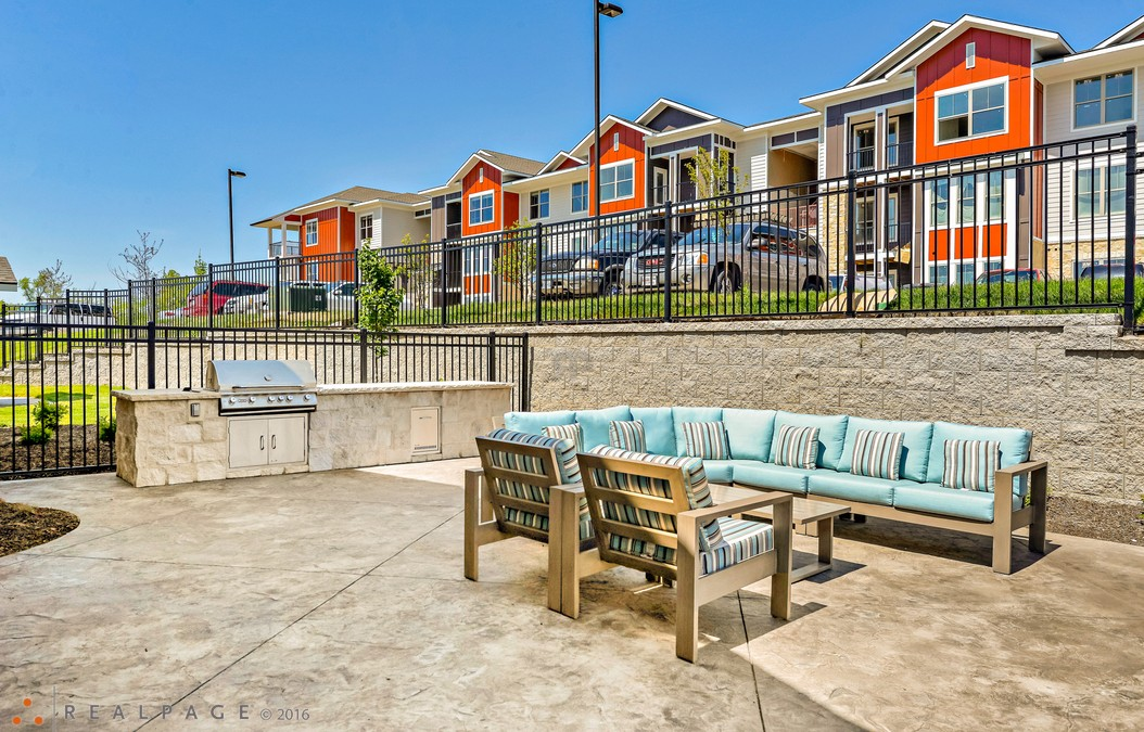 Brighton Crossing Multi-Family Luxury Apartments – Kansas City